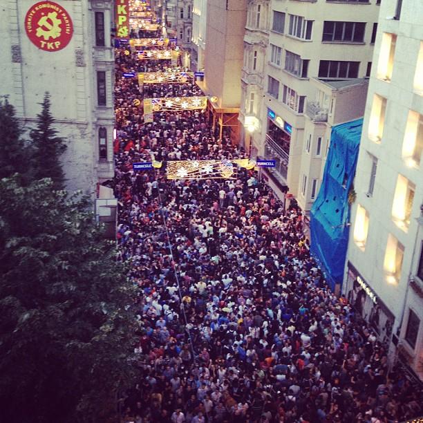 istanbul_-istiklal-street