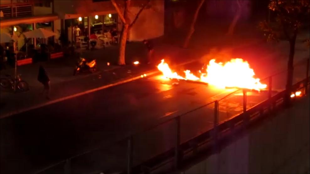 barricada ardiente